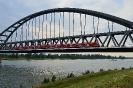 Most kolejowy na rzece Rhen